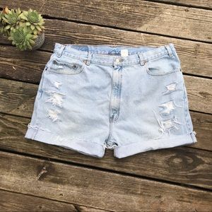 Vintage Levi's 505 Distressed high rise jean short